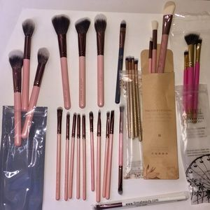 27 pc LUXIE Makeup Brush Set NEW